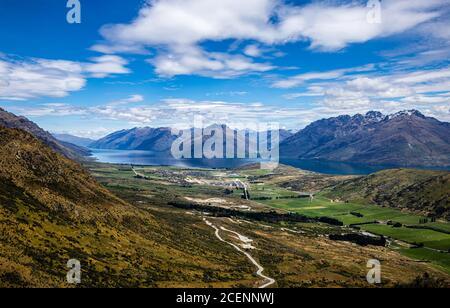 Lago Wakatipu, Queenstown, Isla del Sur, Nueva Zelanda, Oceanía.