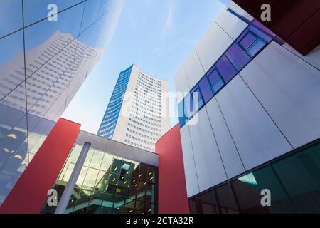 Alemania, en el Estado federado de Sajonia, Leipzig, arquitectura moderna en la universidad y City-Hochhaus