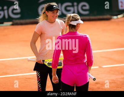 arta Kostyuk de Ucrania durante el cuarto-final de dobles con Aliaksandra Sasnovich en el Roland Garros 2020, Grand Slam torneo de tenis, en o