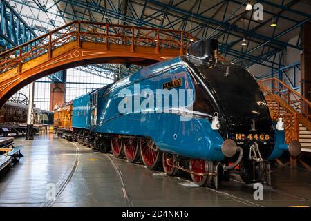 Reino Unido, Inglaterra, Yorkshire, York, Museo Nacional del Ferrocarril, Mallard, clase A4 Locomotive, 126mph 1938 poseedor de récord mundial de velocidad