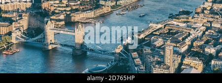Vista aérea panorámica desde arriba de la ciudad de Londres y el río Támesis, Inglaterra, Reino Unido. Europa destino de viaje paisaje urbano. Banner de cultivo