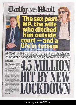 La primera página del Daily Mail con el título Que 4.5 millones de personas estaban bajo encierro en julio de 2020
