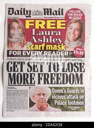 La primera página del Daily Mail con el título Que Gran Bretaña enfrentaría más restricciones debido al Covid-19 pandemia
