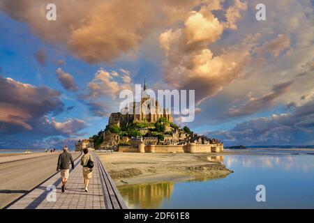 Mont Saint Michel, Monte de San Miguel, Departamento de la Mancha, región de Basse-Normandie, Normandía, Francia