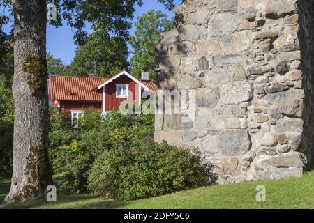 Geografía / viajes, Suecia, Estocolmo laen, Sigtuna, la ruina de una iglesia de San Olof en Sigtuna, Uppland, Derechos adicionales-liquidación-Info-no-disponible