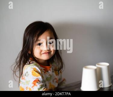 Retrato de la Sonrisa linda chica