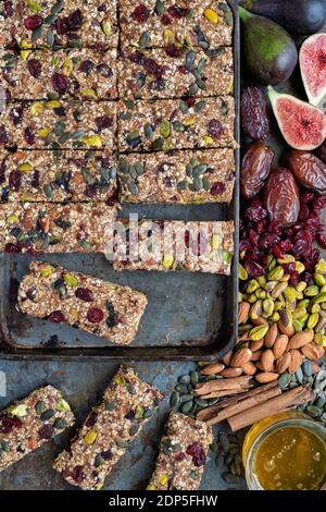 Granola vegetariana casera e ingredientes