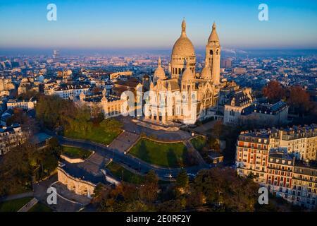 Francia, París (75), la basílica del Sacre Coeur en la colina de Montmartre Foto de stock