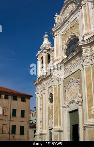 Iglesia de San Giovanni Battista, Finale Ligure, Liguria, Italia