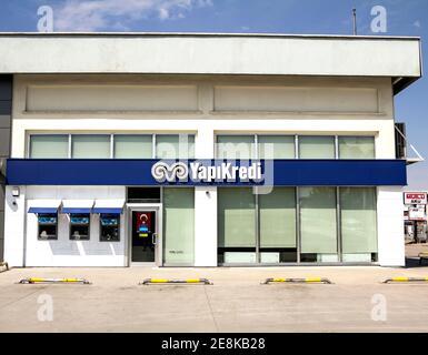Ankara, Turquía: El edificio y banco de crédito, Yapikredi es uno de los principales bancos privados en Turquía.