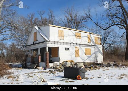 Abandonado y en casa en Brightmoor en Detroit en invierno
