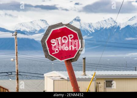 Señal de carretera en Pond Inlet, Mittimalakit, isla de Baffin, Nunavut