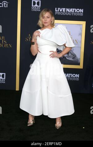 LOS ANGELES - SEP 24: Abbie Cornish en la 'A Star is born' LA Premiere en el Auditorio del Santuario el 24 de septiembre de 2018 en los Angeles, CA (Foto por Katrina Jordan/Sipa USA) Foto de stock