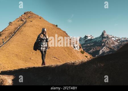 Herbst GRATWANDERUNG KLINGENSTOCK nach FRONALPSTOCK - Stoos (Schwyz) - Schweiz