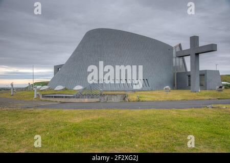 Blönduóskirkja en la ciudad islandesa de Blönduós