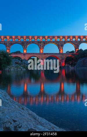 El Pont du Gard es un acueducto romano en el sur de Francia