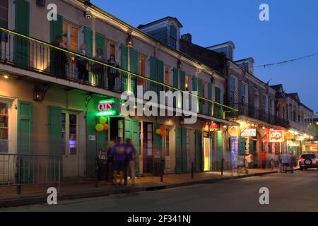Geografía / viajes, EE.UU., Luisiana, Nueva Orleans, lugar nocturno, Bar, calle Bourbon, quart francés, Nueva Orl, Derechos adicionales-liquidación-Info-no-disponible