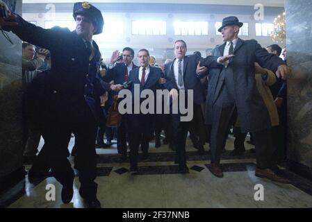 RAY ROMANO, AL PACINO, ROBERT DE NIRO, EL IRLANDÉS, 2019, ©NIKO TAVERNISE/NETFLIX