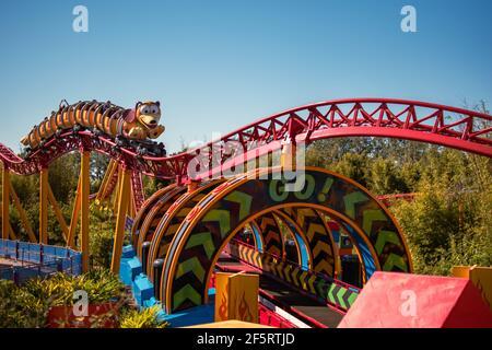 Orlando, Florida. 05 de enero de 2021. Gente disfrutando de Slinky Dog Dash Rollercoaster en Hollywood Studios (162)