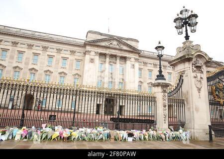Homenaje al Príncipe Felipe, Palacio de Buckingham, Londres, Reino Unido, 10th de abril de 2021