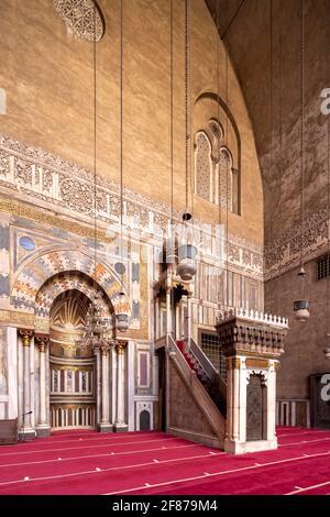 Vista hacia qibla iwan, complejo Sultan Hasan, El Cairo
