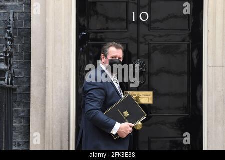 REINO UNIDO. 28th de Abr de 2021. Downing Street Londres, 28th de abril de 2021. Mark Spencer El Jefe de la Policía llega a las No10 horas. Crédito: MARTIN DALTON/Alamy Live News
