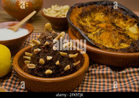 Vida tradicional con un arnadí, un dulce tradicional de la Comunidad Valenciana, hecho de calabaza asada, azúcar y almendras