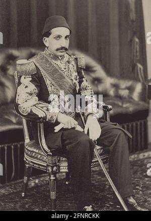 Retrato del Sultán Abdul Hamid II (1842-1918) , el Sultán del Imperio Otomano de 34th, Colección Privada