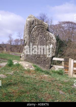 dh Eagle Stone Pictish art STRATHPEFFER CROMARTY ROSS Rock pict escultura prehistórica de escocia gran bretaña piedras celtas talladas picts
