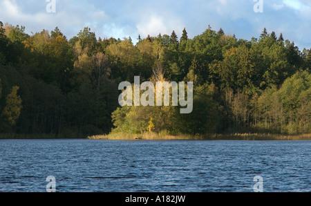 Lago Glebokie, Otoño, Lake District, Masuria Polonia