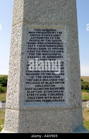 La Segunda Guerra Mundial Memorial Slapton Sands Devon, Inglaterra