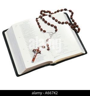 Rosario y una biblia