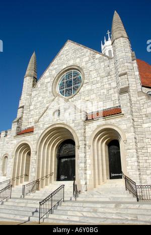 Primera Iglesia Bautista fundada en 1829 en el centro histórico de la ciudad de Montgomery, Alabama al.