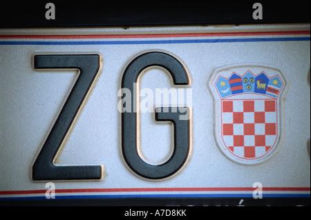 Zagreb, Kaptol, signo de la placa de número de automóviles