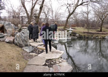 Jardín japonés en el lado sur de Chicago en invierno Foto de stock