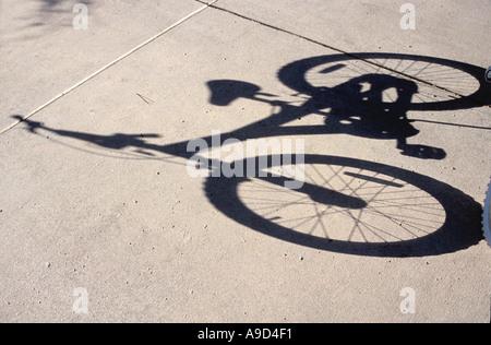 Bicycle shadow 5 Foto de stock