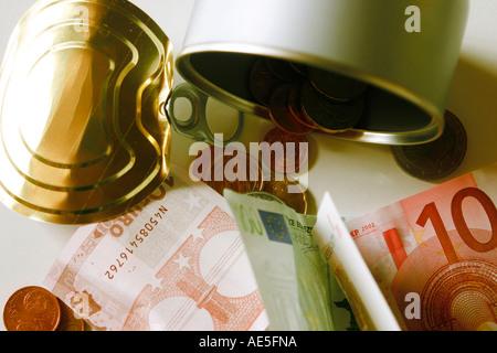 Dinero en una caja