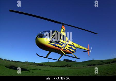 Flays de helicópteros en el aire