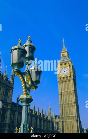 El Big Ben, las Casas del Parlamento, en Westminster, Londres, Inglaterra, Reino Unido.