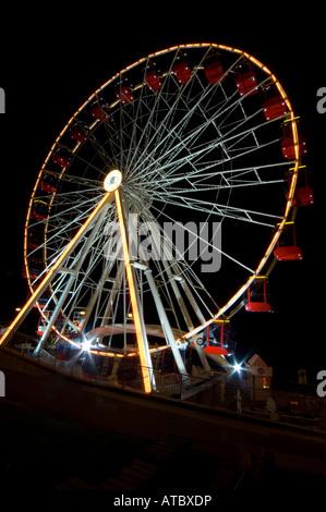El Bridlington Eye una versión más pequeña de la famosa London Eye Foto de stock