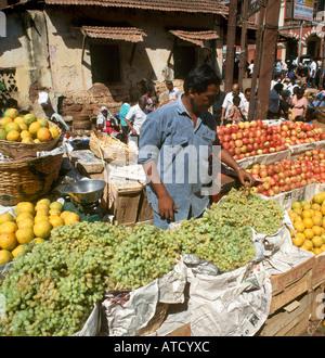 Mercado de frutas y verduras, Margao, Goa, India