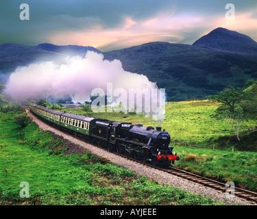GB - Escocia: 'El Jacobite Steam Train' Foto de stock