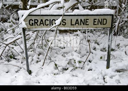 Escena nevada en Kent, Reino Unido.