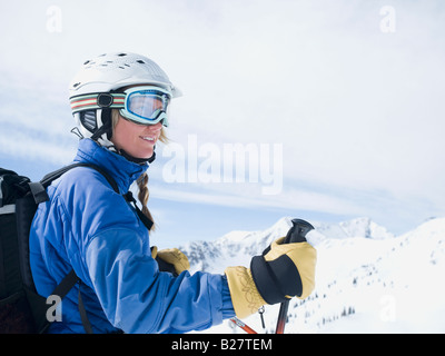 Mujer vistiendo de esquí