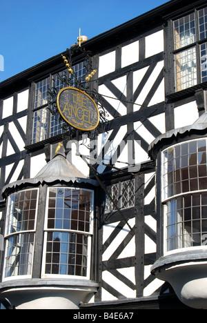 El Ángel, Tudor House fachada, Broad Street, Ludlow, Shropshire, Inglaterra, Reino Unido Foto de stock