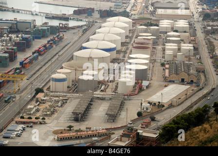 Almacenamiento en el puerto industrial