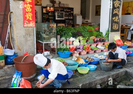 La provincia de Yunnan en China los mercados de la ciudad de Dali