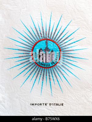 Impreso ephemera / envoltura de cítricos procedentes de Italia - star, columna y edificios ilustración con un pañuelo de papel. Foto de stock