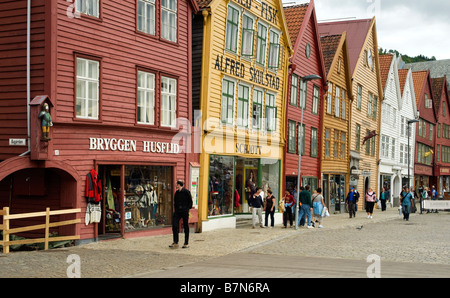 Bryggen, Hanseática históricos edificios comerciales en Bergen, Noruega