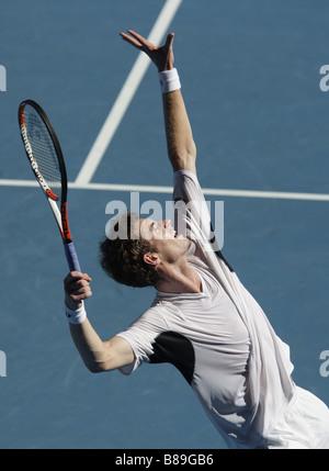 Jugador de tenis AndyMurray (GBR) en acción en el Abierto de Australia 2009